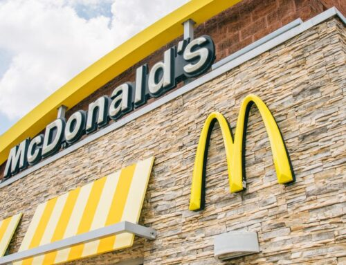 McDonald's Will Require Workers And Customers To Wear Masks, Vaccinated Or Not