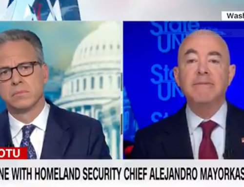 """Video: Even CNN Calls Out """"Patently False"""" Border Patrol 'Whipping'"""