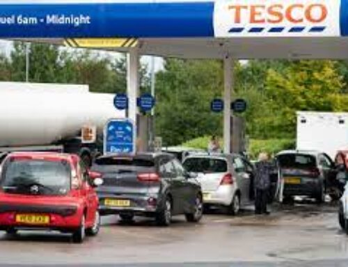 UK mulls calling in army to help ease gas shortages at pumps