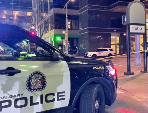 Arrest made after man slashed with machete, others injured in random downtown Calgary attacks